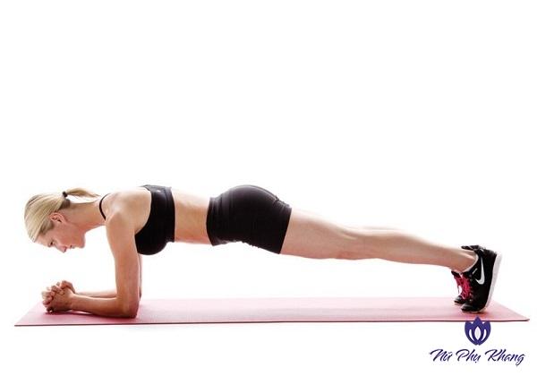 """5 bài tập thể dục """"thổi bay"""" nỗi lo đau bụng kinh ngày đèn đỏ"""