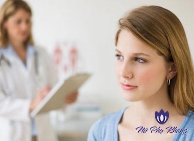 Sai lầm trong điều trị viêm lộ tuyến cổ tử cung mà chị em nào cũng mắc phải