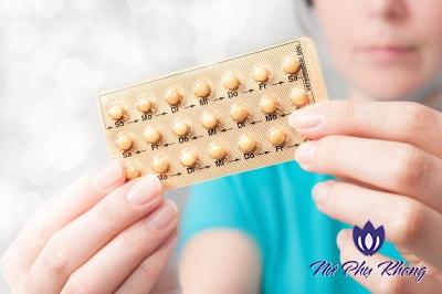 Điều trị rối loạn kinh nguyệt bằng thuốc tránh thai: Nên hay không nên?